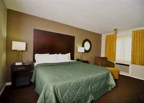 comfort inn maingate sandusky oh comfort inn cedar point maingate sandusky deals see