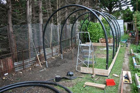 build  garden greenhouse  polyethylene sheets