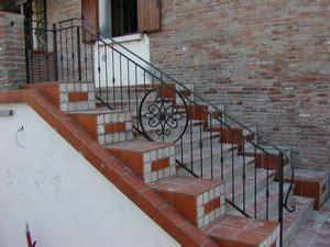 ringhiera in ferro battuto per esterno ringhiere per esterno