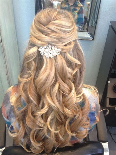 homecoming hairstyles all down 25 best ideas about homecoming hairstyles on pinterest