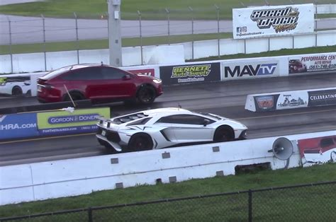 Tesla Drag This Tesla Model X Suv Out Drag Race A 530k