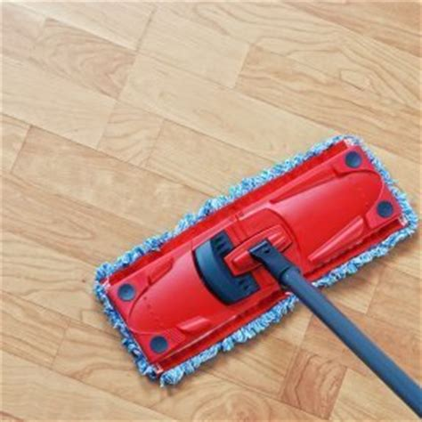 cleaning laminate flooring thriftyfun