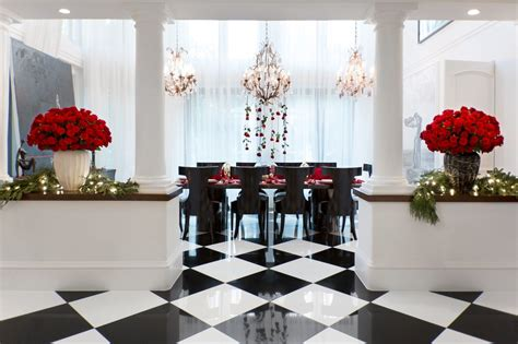 kris jenner home interior see kris jenner s home decked out for christmas red