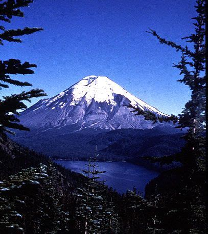 mount st helens other volcanoes picas mount st helens before and after love the mountains
