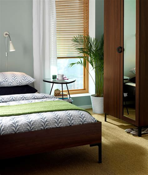 ikea small bedroom ideas ikea 2010 bedroom design exles digsdigs