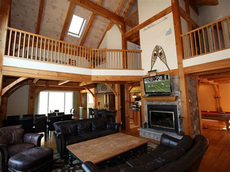 pocono house rentals stunning living room with catherdral ceilings
