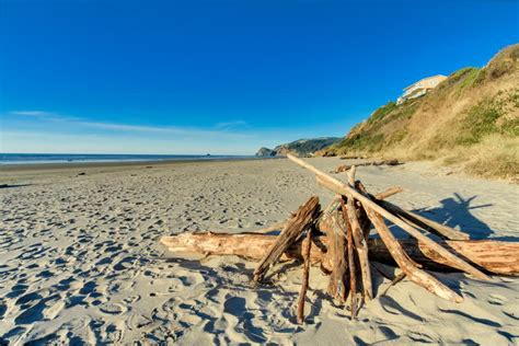 Hint Of Heaven 3 Bd Vacation Rental In Lincoln City Or
