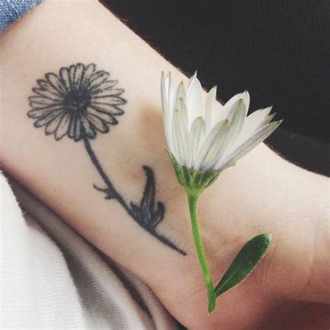 daisy tattoo www pixshark com images galleries with a