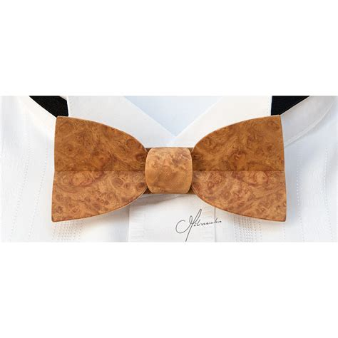 bow tie in wood violin in golden amboyna burl melissambre le bois la mode bow tie in wood mellissimo in amboyna gold burl melissambre le bois la mode