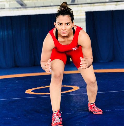 biography of geeta phogat geeta phogat profile early life achievements medals and