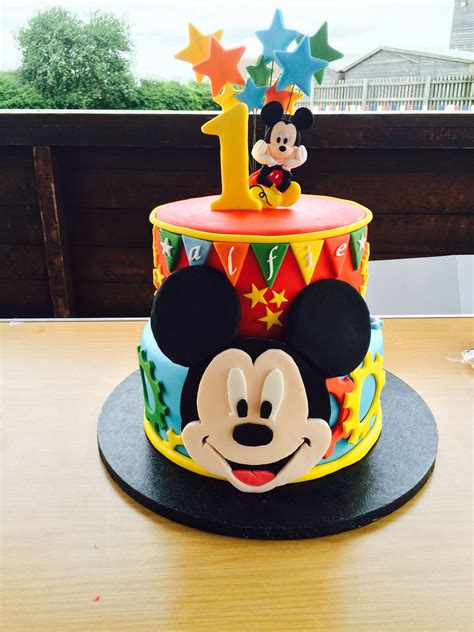 mickey mouse birthday cake food  drink
