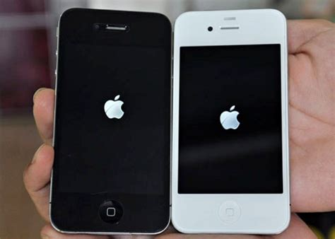 how to fix iphone 4 that hangs during boot up and no sound caused by water damage