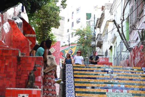 rote kacheln brasilien reisebericht quot selar 243 n treppe quot