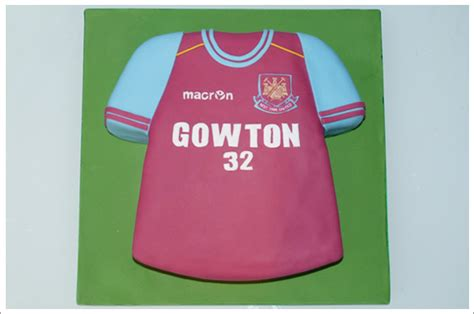 football t shirt cake template west ham football shirt cake cakes by lynz