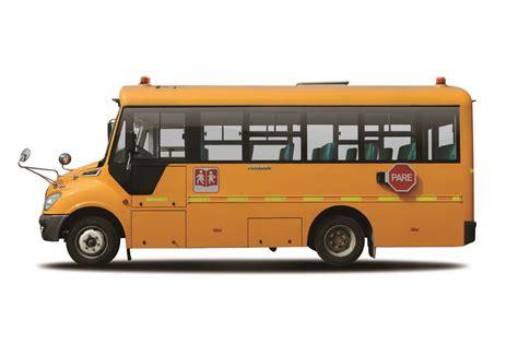 imagenes autobus escolar china yutong presenta en chile dos nuevos modelos de buses
