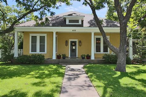 bed and breakfast for sale texas first bed and breakfast in fredericksburg texas up for