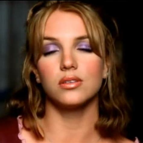 up 90s 90s makeup britneyspears 90 s makeup