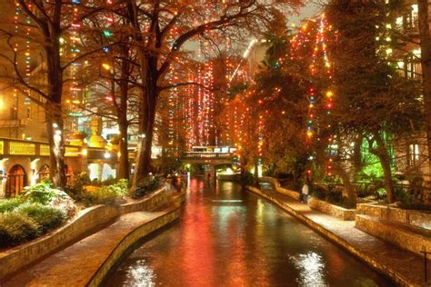 places to go see christmas lights texas thanksgiving in san antonio 10 great places to