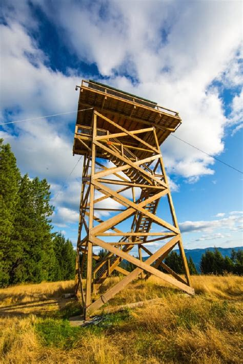 Fire Lookout Tiny House! You?ve Never Seen a Tiny House or