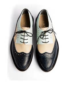 Inch2 oxford blue and cream derby brogues 3