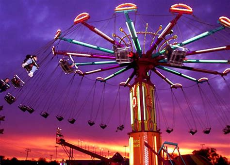 chair swing ride accident 24 injured as carnival ride collapses in california ny