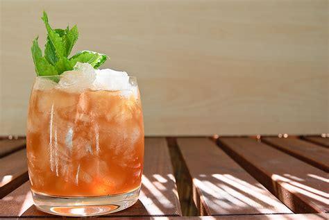 mai cocktail mai wie mixt den tiki cocktail wirklich