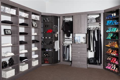 Closet Showroom by Closet Woks Opens New Showroom
