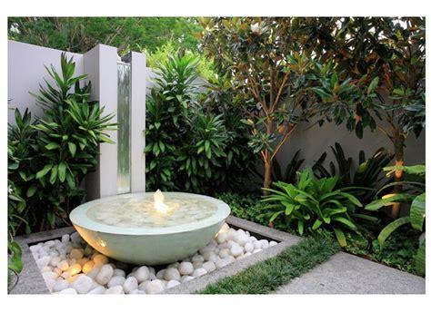 fontes decorativas um o 225 sis em seu quintal ou jardim ideias designer de interior