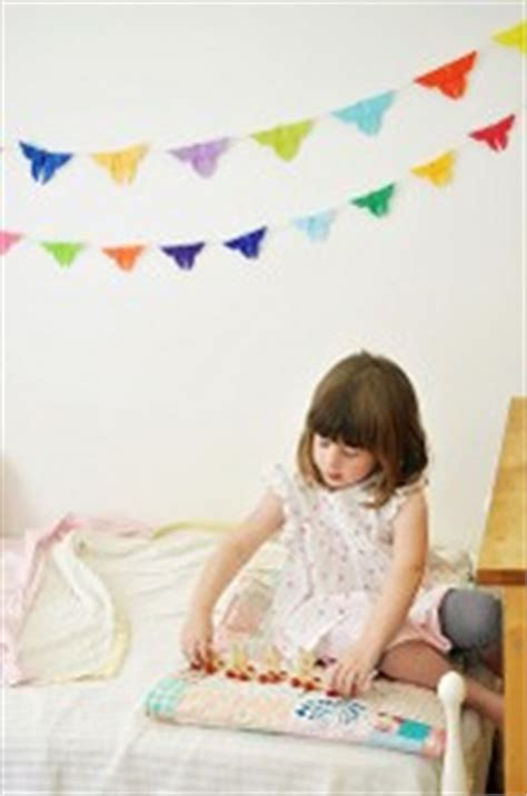 Wie Groß Sollte Ein Kinderzimmer Sein by Kinderkleiderschr 228 Nke F 252 R M 228 Dchen In Wei 223 Und Rosa