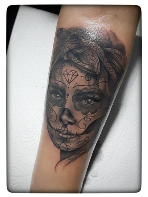 black and grey tattoo la xavielle tattoo in