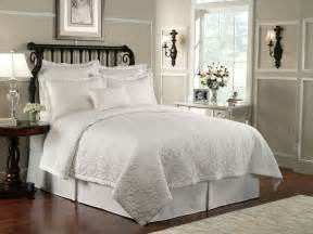 White Quilt Lismore Quilt White By Waterford Luxury Bedding