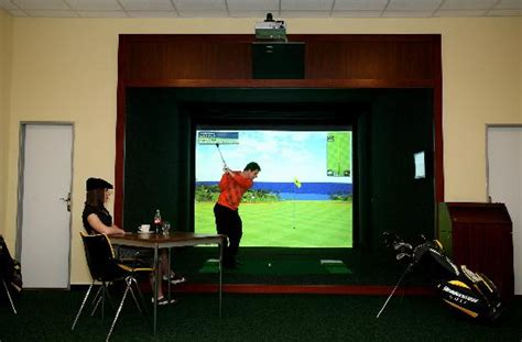 full swing indoor golf indoor golf full swing picture of hotel fit prerov