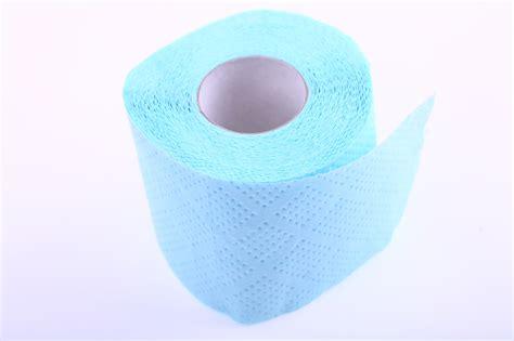 dr oz pink urine yellow urine greasy toilet bowl