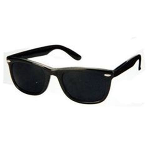 Rayban Original Wayfarers Loving That Eighties Summer Style by 1000 Images About Cool Sunglasses On Wayfarer