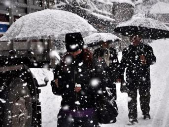 Yasma Tosca kar fuls yaz箟yor
