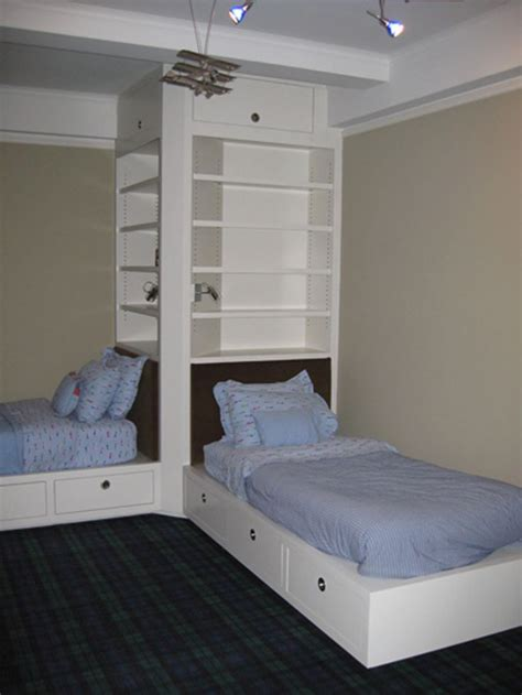 beds for small bedrooms best 25 l shaped beds ideas on pinterest l shaped bunk