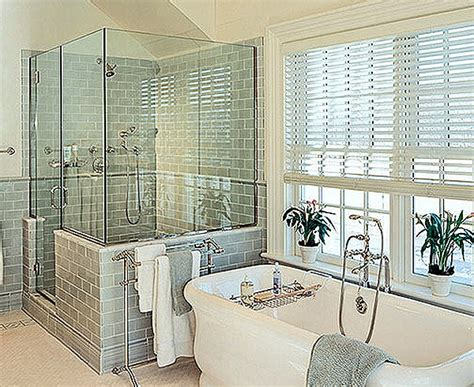 Bathroom Window Treatments Ideas by 7 Bathroom Window Treatment Ideas For Bathrooms Blindsgalore