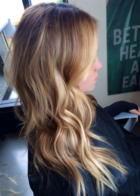 too blonde highlights in front of hair this color is perfect cute hair pinterest low