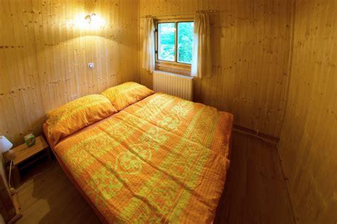 böhmisches schlafzimmer ferienhaus in jetrichovice b 246 hmische schweiz