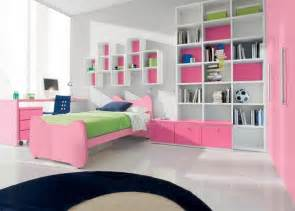 Decoration Ideas For Small Bedrooms Decorating Small Bedrooms Decorating Small Bedroom Ideas