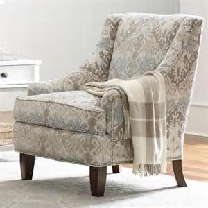 Living Room Chair With Nailheads Rachael Home By Craftmaster Upstate Transitional Chair