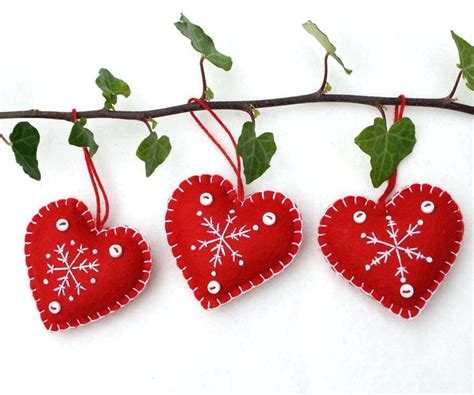 christmas decorations pattern felt ornaments by bigdreamsupply felt christmas ornaments felt xmas ornaments patterns