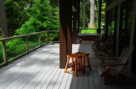 Point No Point Cabins by Deck Picture Of Point No Point Resort Sooke