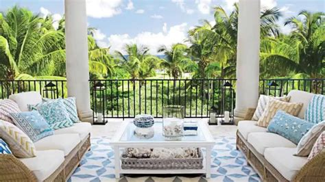 how to create a relaxing outdoor living room seaside