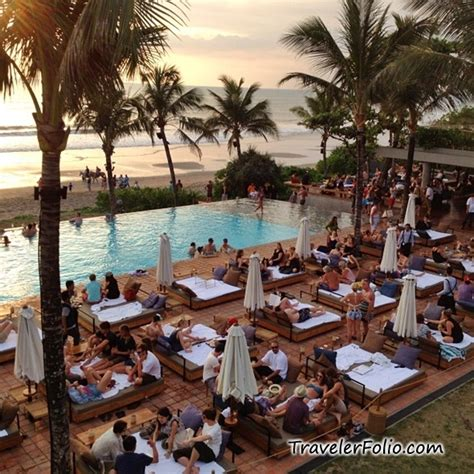 bali sunset farewell dinner  travelindonesia team