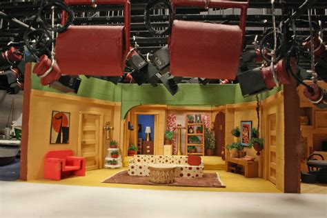 sitcom sets three s company three s company was video taped at cbs