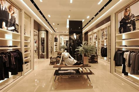 luxury designer clothing burberry opens new store in singapore luxuo