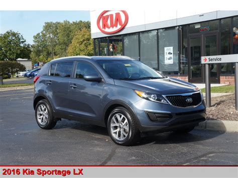pre owned 2016 kia sportage lx awd lx 4dr suv in canton