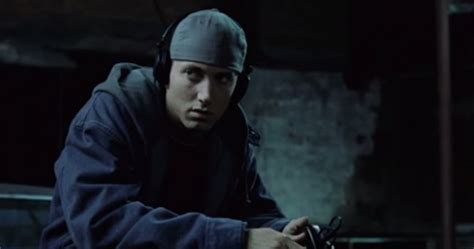 film eminem 8 mile completo italiano video the 8 mile honest trailer is here and it s