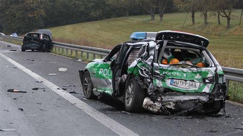 Motorradunfall A3 Erlangen by A3 Zwei Tote Bei Unfall Auf Standstreifen
